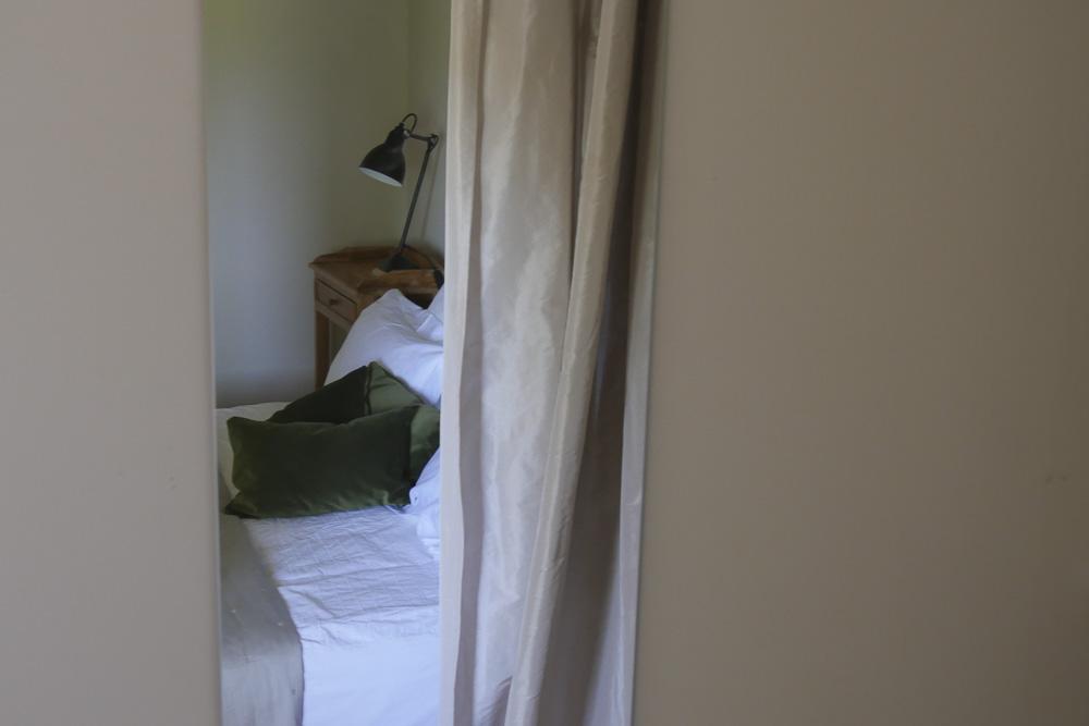 """chambre """"Ô pied du cyprès"""", Domaine de Salente, Hérault (34150)"""
